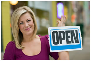woman open sign3